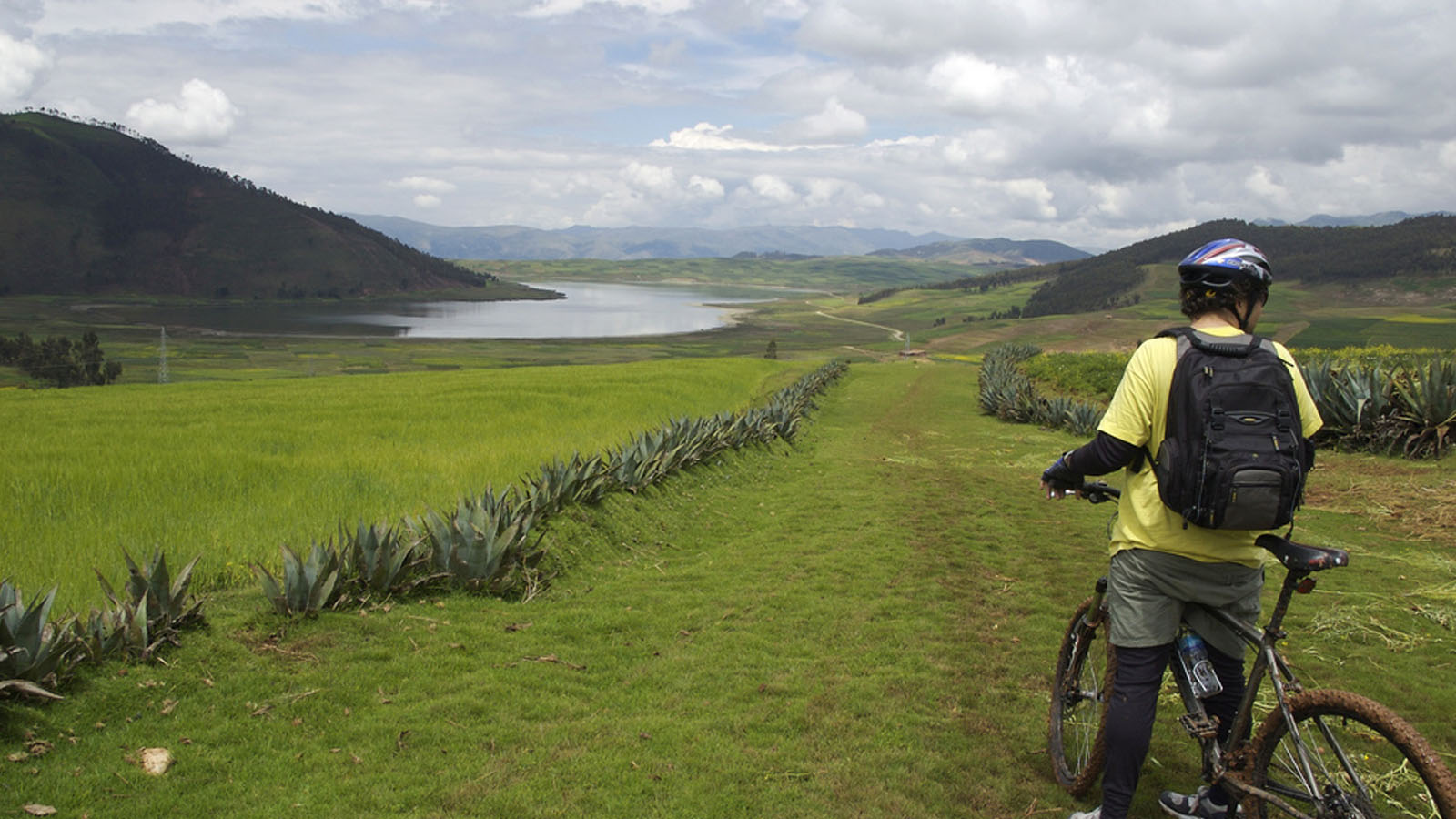 Foto 2 de Biking to Maras - Moray