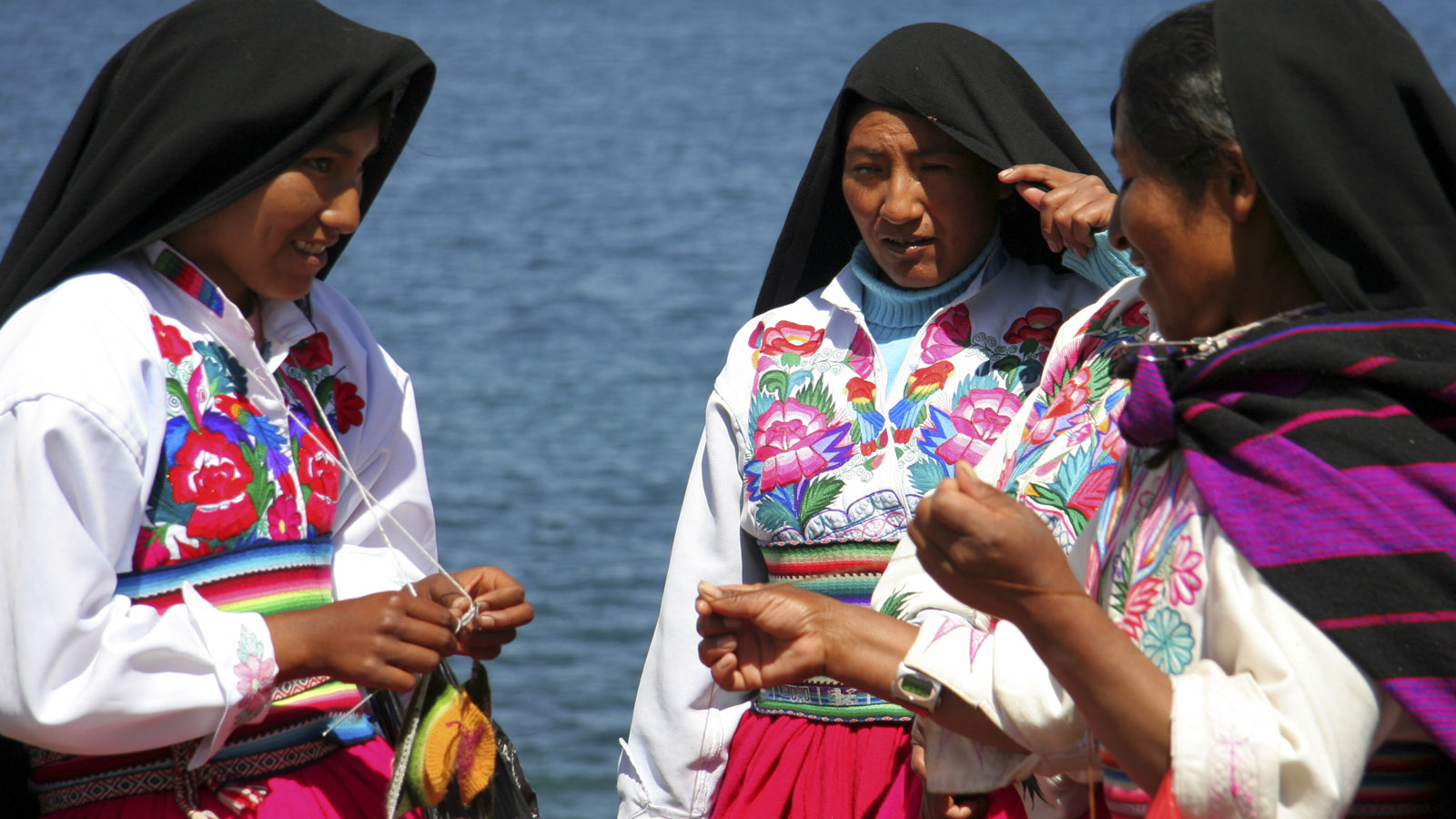Foto 1 de Tour to Uros, Taquile & Amantani Islands